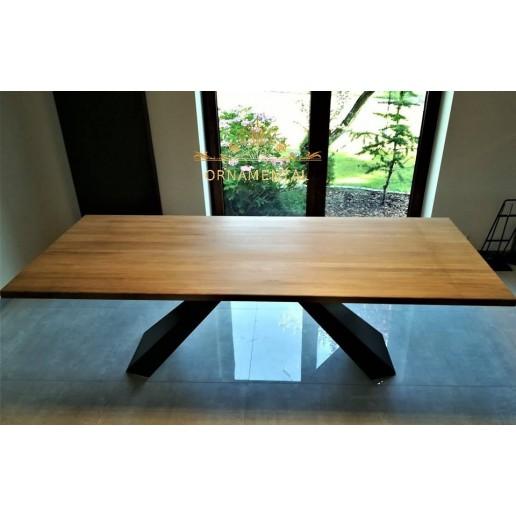 Duży stół do jadalni